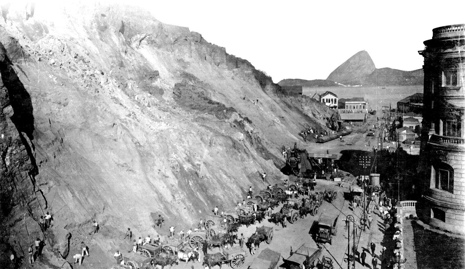 Resultado de imagen para Morro do Castelo rio de janeiro 1920